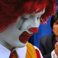 Bolivia: McDonald's - free country *** Dlaczego McDonald's zbankrutowal w Boliwii?